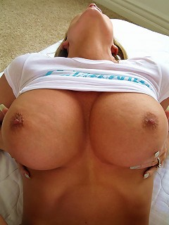 Kelly Gets a load all over her big natural titties!