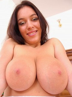 Big tits Stella Fox showing off her big boobs and juicy cunt