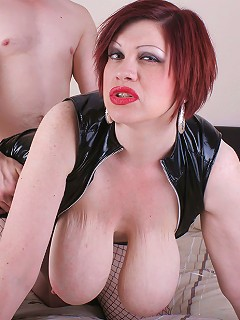 Milf Trudi Stephens gets fucked hard and udders cumsplashing