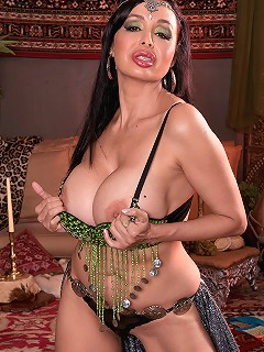 Claudia KeAloha - Belly Dancer