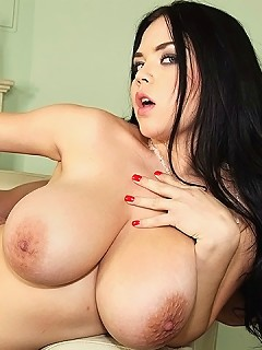 big juicy natural tits big white round ass bbw